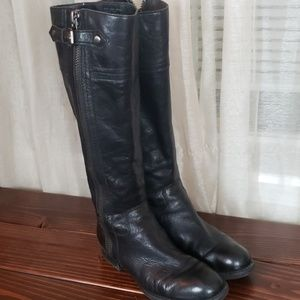 Franc Sarto black leather boots